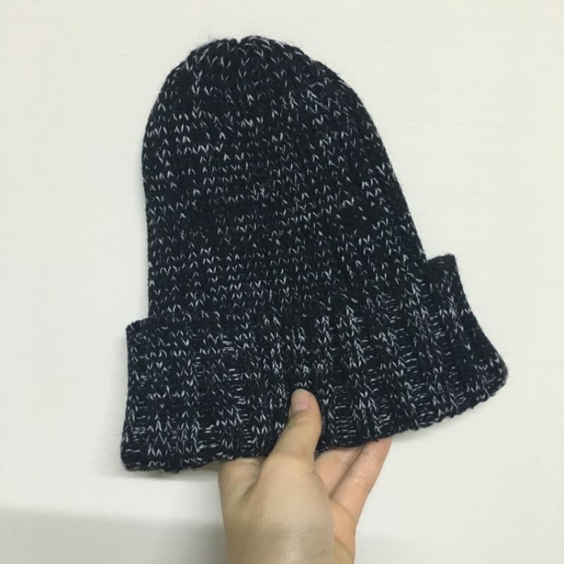 百搭黑白混色針織毛帽