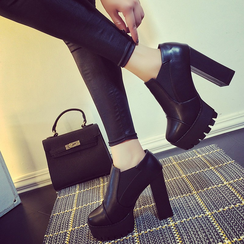 粗跟短靴馬丁靴防水台超高跟鞋百搭性感