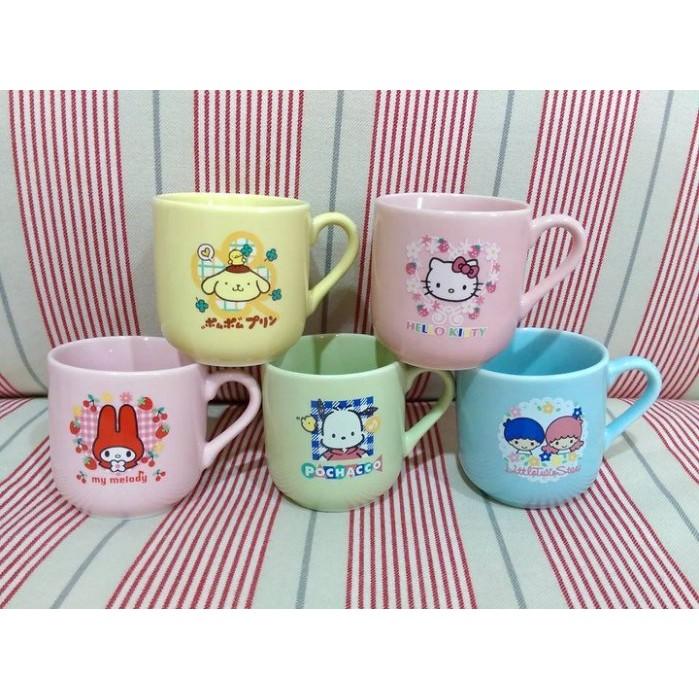 sanrio 家族小馬克杯組kitty 美樂蒂雙子星布丁狗帕恰狗1999 年絕版 收藏