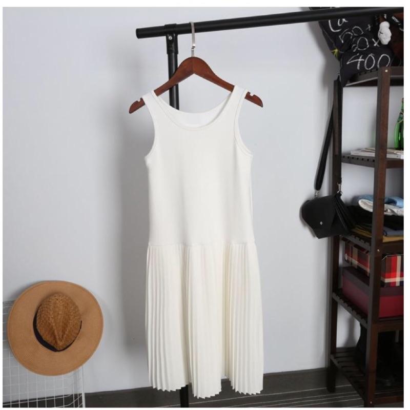 降↘️✨ 顯瘦純色百褶拼接無袖背心內搭連身裙✨