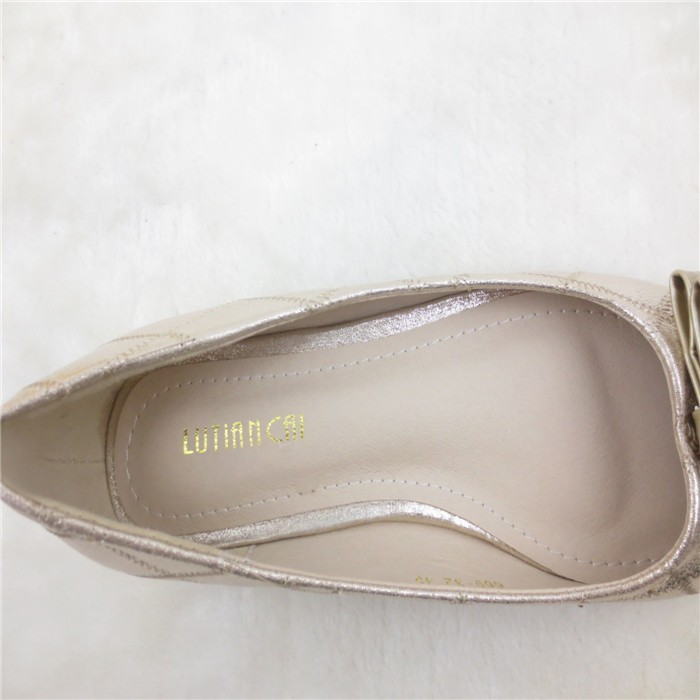 2015 夏新品 方頭淺口女單鞋媽媽駕車防滑平底鞋 職業OL 潮鞋 -尖頭-魚嘴-性感