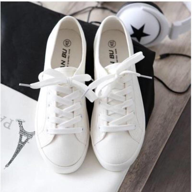 白步鞋休閒鞋情侶鞋平底鞋球鞋顯瘦百搭小白鞋綁帶帆布鞋皮面PU 男鞋女鞋素面繫帶皮面皮