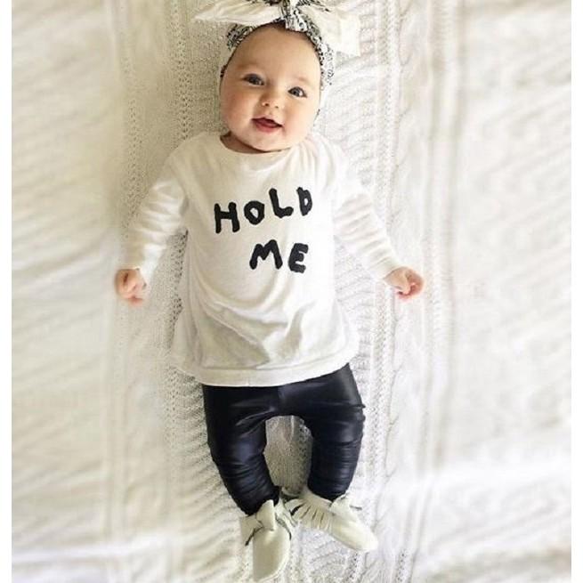 爆款 嬰兒裝兩件套秋裝長袖HOLD ME 字母印花套裝
