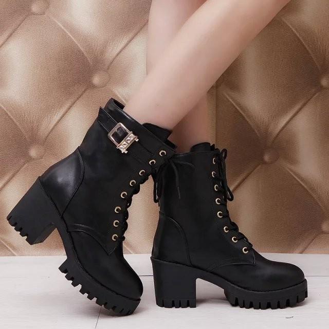 女靴中筒靴英倫粗跟圓頭女鞋繫帶中跟馬丁靴靴子騎士靴水鑽扣