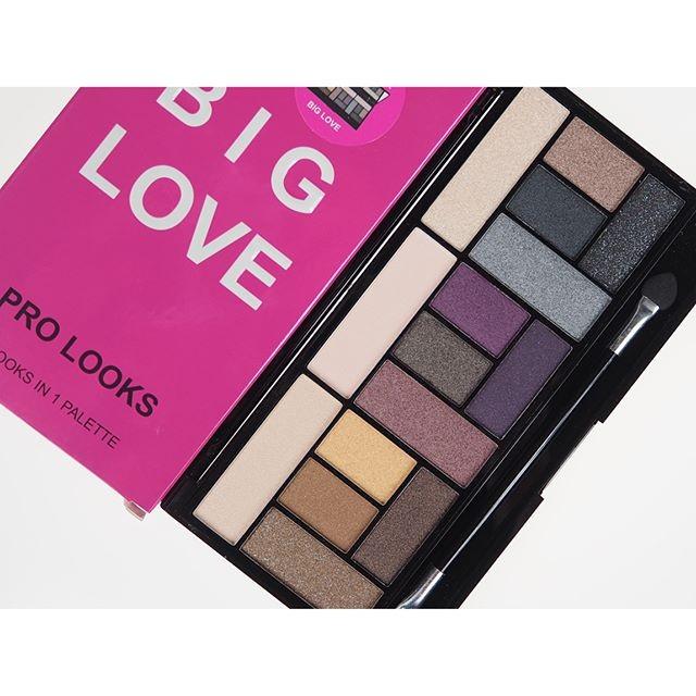 兩件省50 Makeup Revolution Pro Looks Palette Big