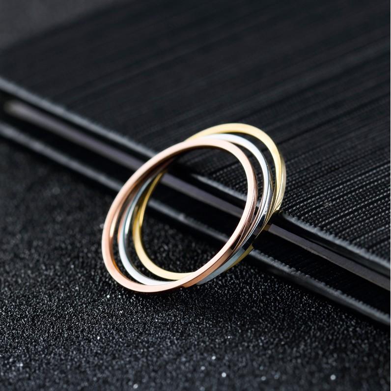 日 潮人鍍18k 玫瑰金極細光面關節戒指情侶對戒男女鈦鋼指環