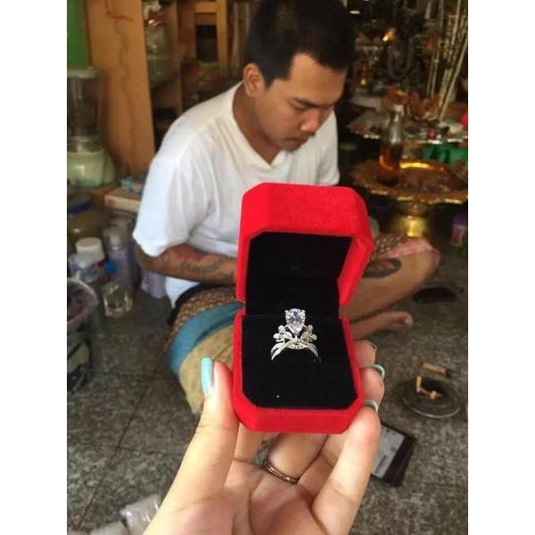 泰國佛牌聖物Angelababy 同款為愛加冕鑽戒