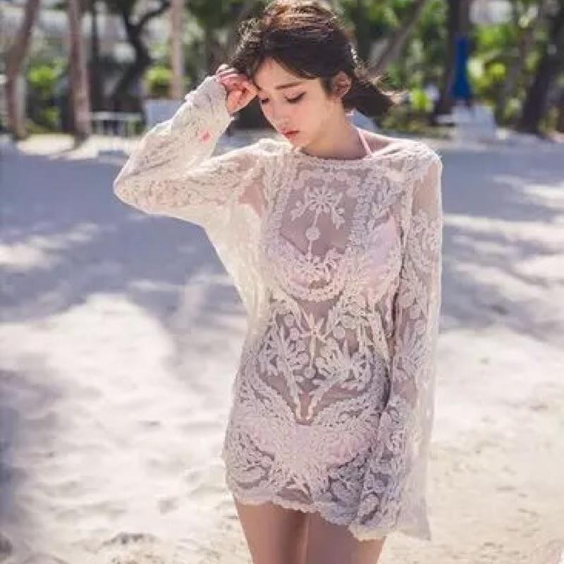 ( )海灘度假風縷空雪紡洞洞蕾絲滾邊雕花刺繡長袖性感比基尼泳衣比基尼罩衫上衣白杏黑