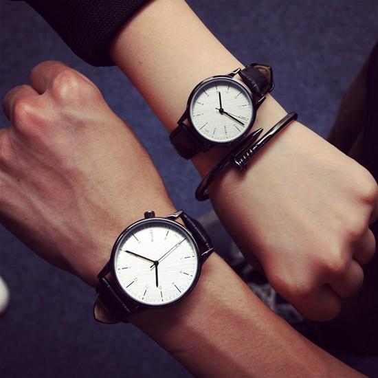 廠家正品潮流真皮 防水學生手錶簡約復古數字錶盤情侶手錶一對