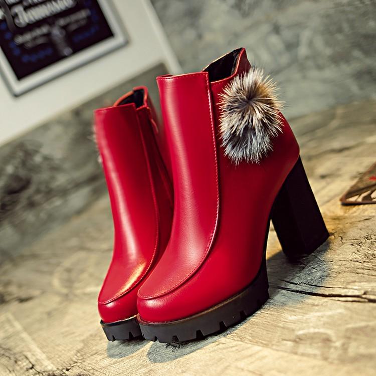 ~本小姐任性~粗跟短靴狐貍毛防水臺圓頭短筒女靴子高跟馬丁靴 新品女鞋婚鞋