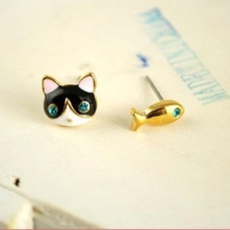 水鑽貓咪小魚可愛卡通耳環鋼製耳環日韓國風可愛耳環耳飾生日 情人節小 可加 包裝可 鋼飾品
