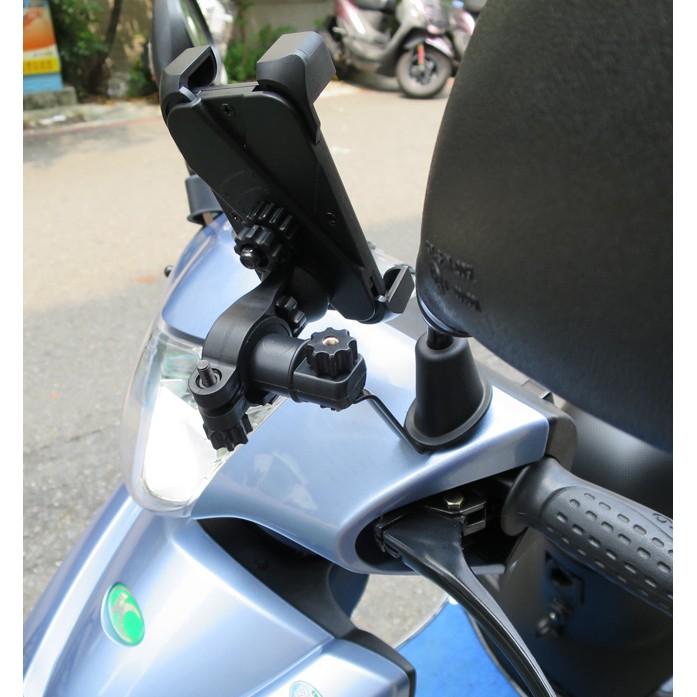 送充電線1 條~可鎖後視鏡座或圓管~四爪管狀後視鏡兩用單車機車手機架手機支架~L21 mo