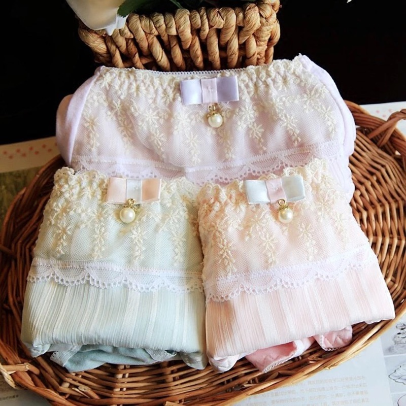雅緻刺繡小珍珠純棉中腰日夜兩用生理褲5 色、M XL