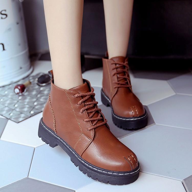 (洛微雅)秋 中跟短靴粗跟圓頭馬丁靴短筒英倫復古系帶女靴子潮女鞋