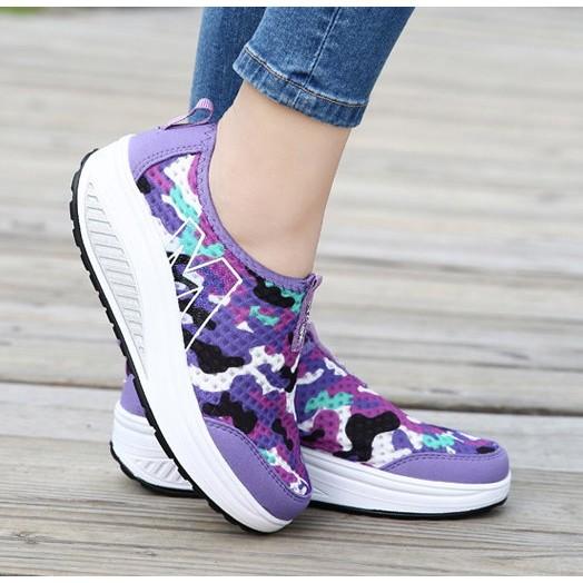 轉售♡正品瘦身健身女鞋厚底搖搖鞋網面透氣休閒鞋跑步鞋 鞋旅遊鞋迷彩紫36