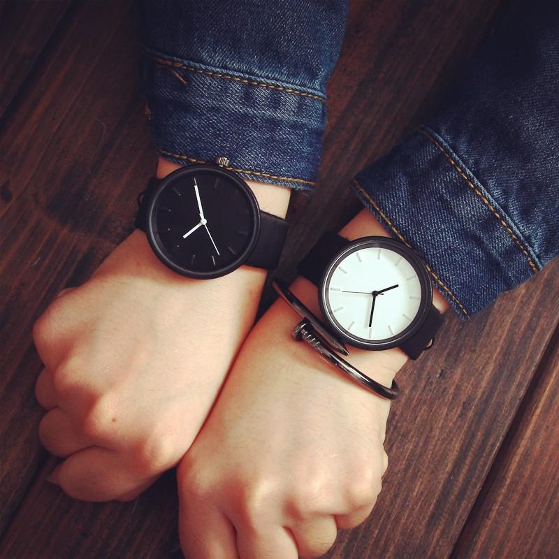 新 簡要皮革腕錶男女皆宜的手錶