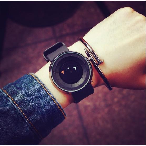Break 學生男女情侶手錶廠家直銷簡約三角秒盤羅盤防水石英表