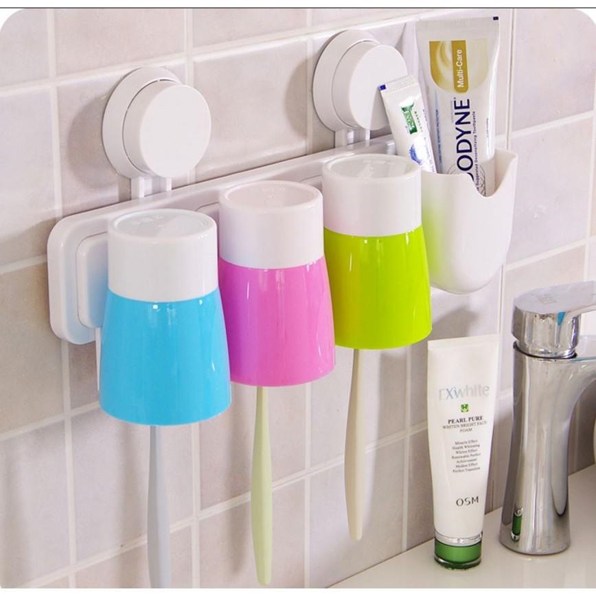 愛妮 ~情侶一家三口浴室漱口杯架強力吸盤牙刷牙膏杯座牙刷架家庭套裝牆掛置物架