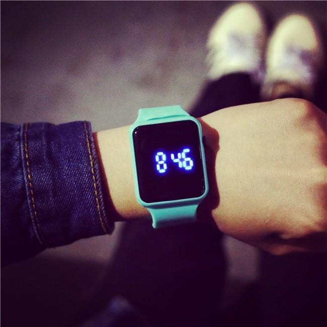 韓式女錶石英錶韓國潮流女學生簡約數字顯示青少年方形led 潮男情侶電子手表