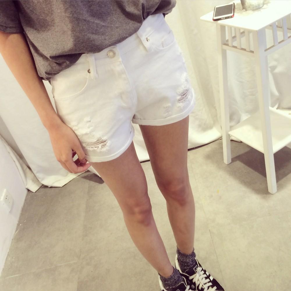 實價春夏 2015 白色破洞牛仔短褲子顯瘦修身百搭熱褲