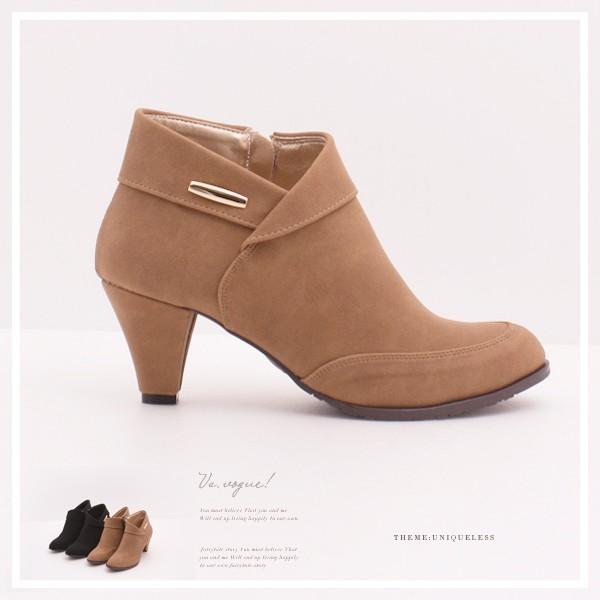 VS vogue 短筒粗跟裸靴~A00342605 ~