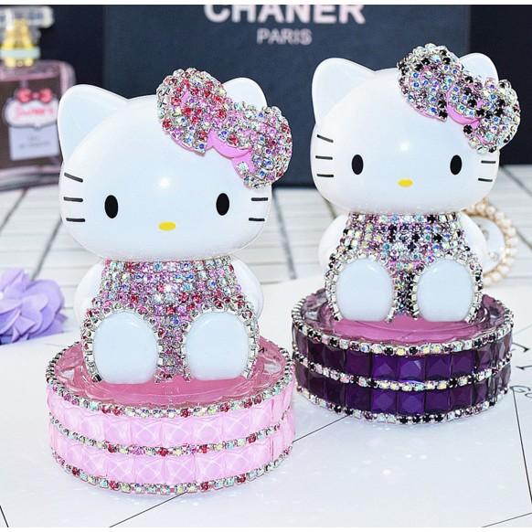 hello kitty 凱蒂貓鑲鑽kt 貓汽車香水座水晶擺件卡通車載香水