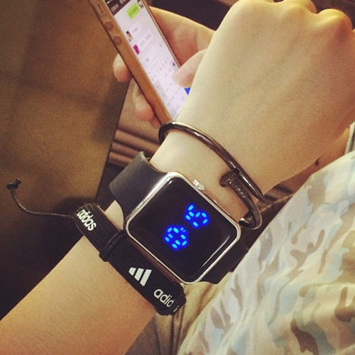 送錶盒 夜光方形LED 顯示錶黑白果凍色電子錶男錶對錶女錶學生文青手錶手表W21