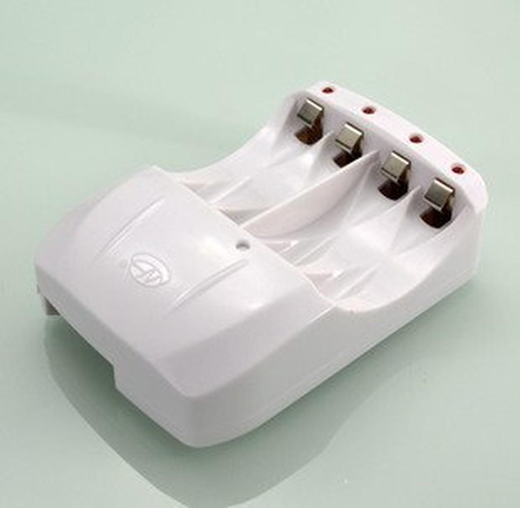 環高智慧充 3 號4 號電池可充充滿自停鎳氫鎳鎘脈沖修複獨立燈號