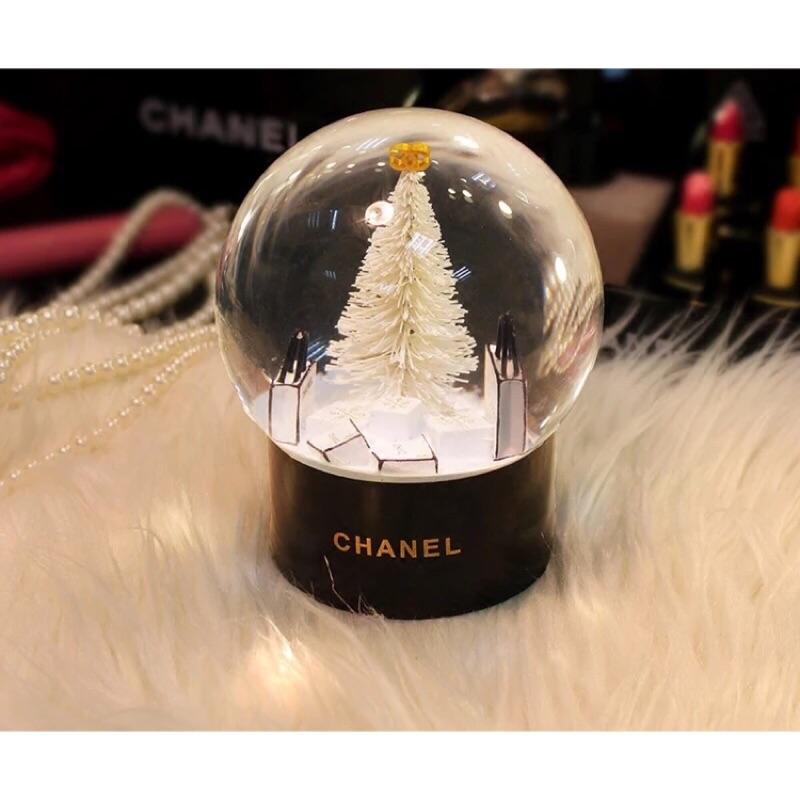 咪將小舖香奈兒Chanel VIP 饋禮雪花聖誕樹水晶球精美香奈兒盒裝