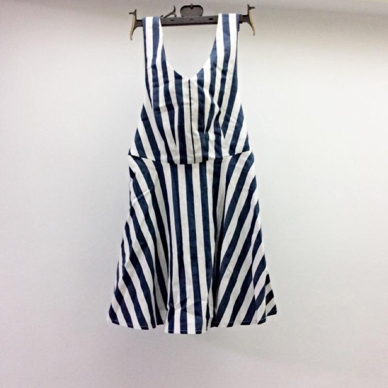 [ ]氣質露背綁帶洋裝裙子直條紋