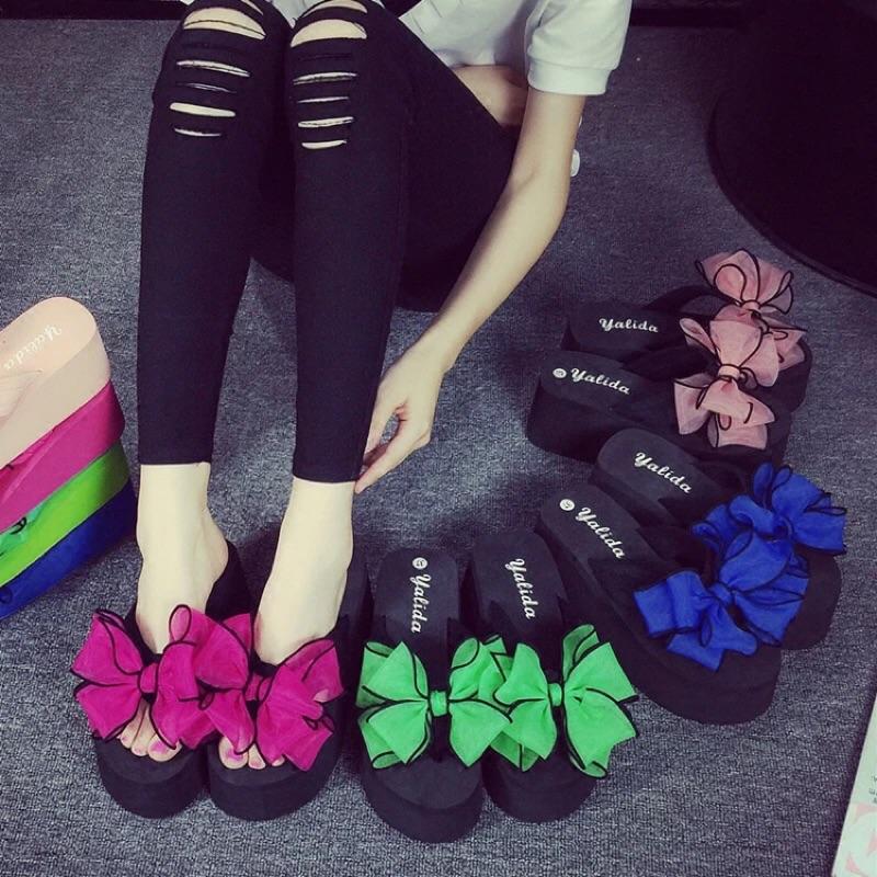 黑色 花朵拖鞋女夏坡跟防滑涼拖鬆糕跟沙灘鞋厚底蝴蝶結人字拖