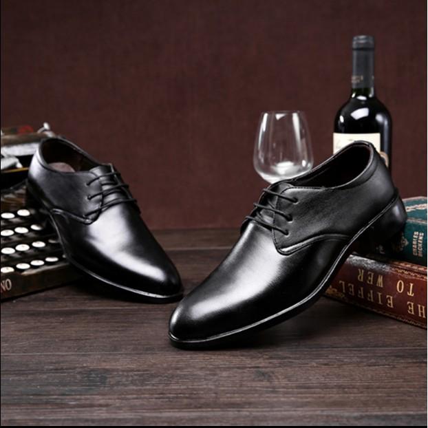 男士皮鞋男真皮英倫尖頭男鞋透氣春 系帶黑色商務正裝休閒婚鞋