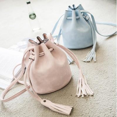 包包  水桶包女包單肩斜跨包流蘇包簡約迷你小包包