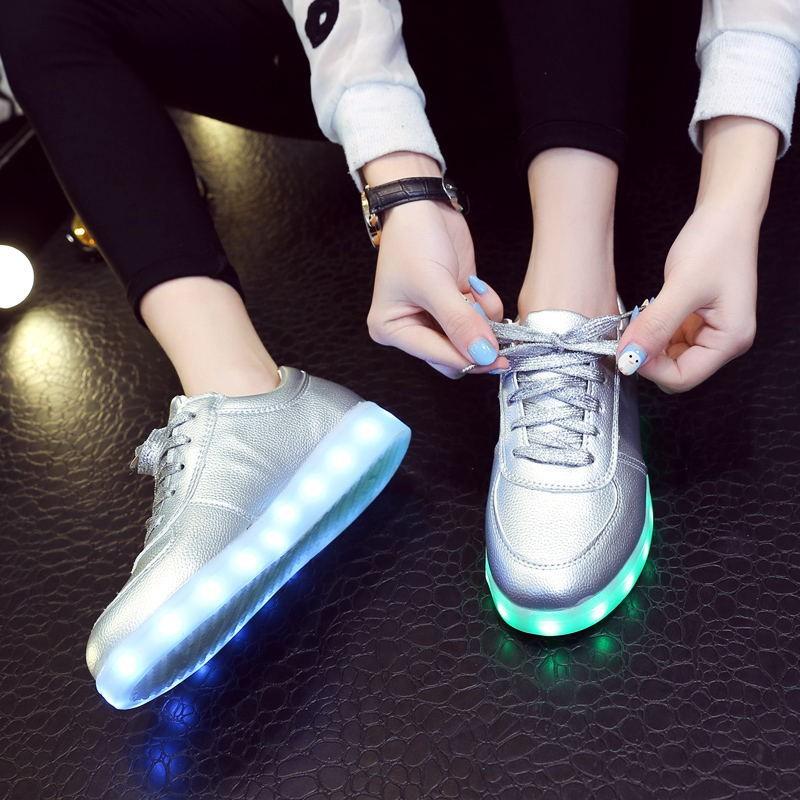 ~hello 大小姐~七彩發光鞋春秋 夜光鞋男女熒光鞋USB 充電LED 燈光 情侶板鞋