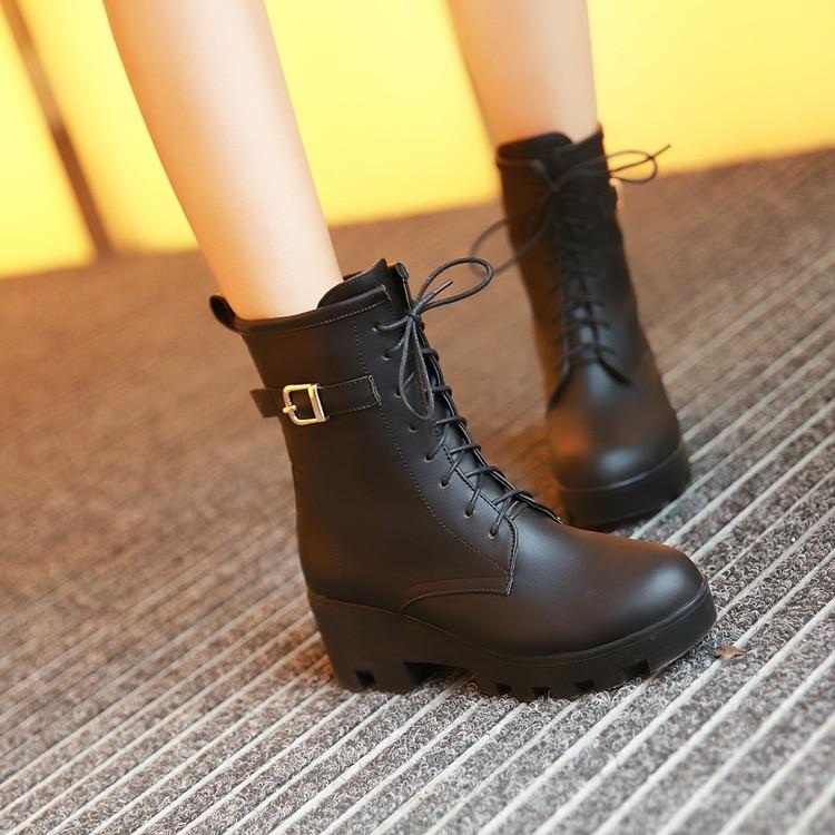 ~千惑衣閣~2016 春 皮帶扣低跟馬丁靴女英倫風粗跟女靴子圓頭平底短靴