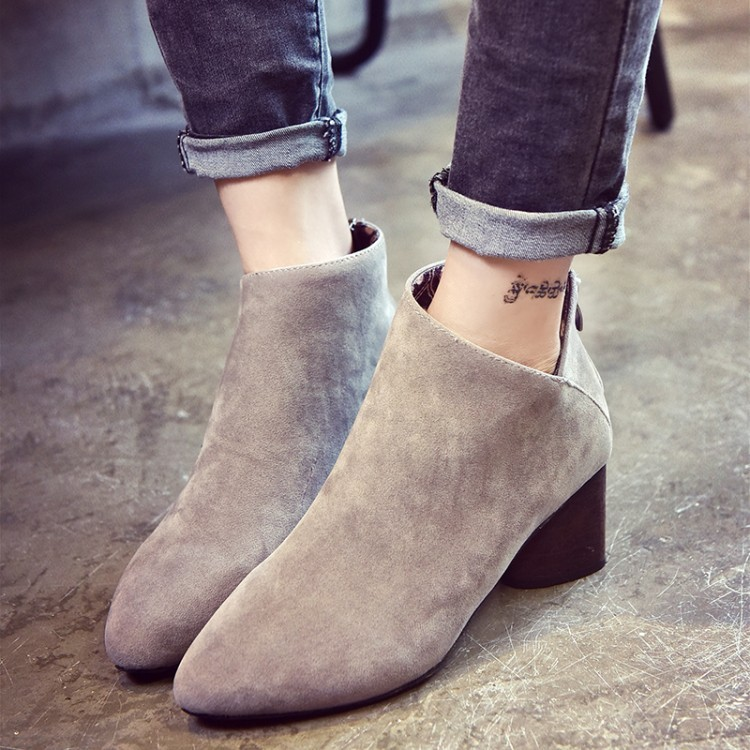 潮流美搭7 短靴女春秋單靴粗跟英倫馬丁靴尖頭短筒百搭秋天 中跟靴子