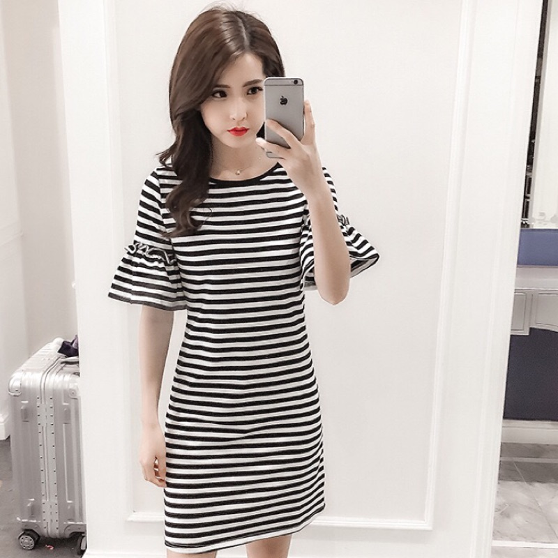 超低 價M 3XL 超顯瘦加大  女生黑白條紋短袖T 恤連衣裙連身裙寬鬆百搭喇叭袖洋裝衣著