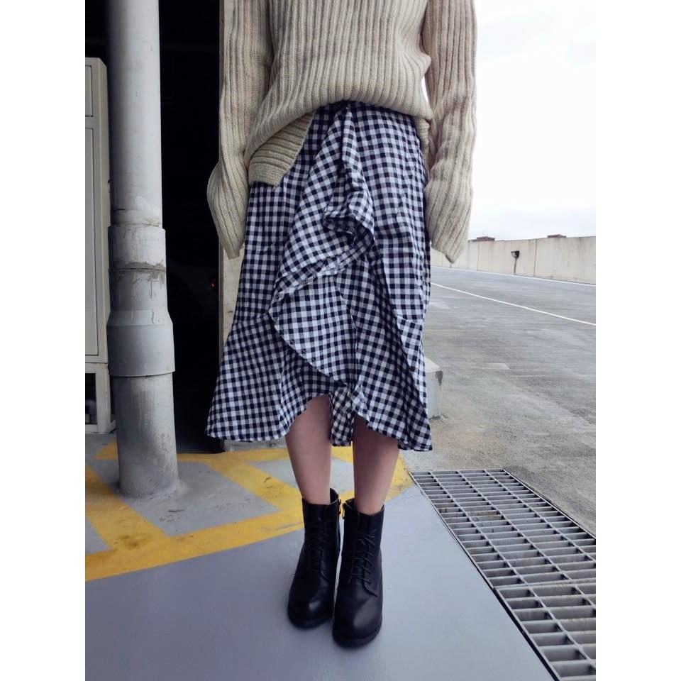 ONI 實拍HM5894 復古不規則側魚尾裙擺黑白格子長裙