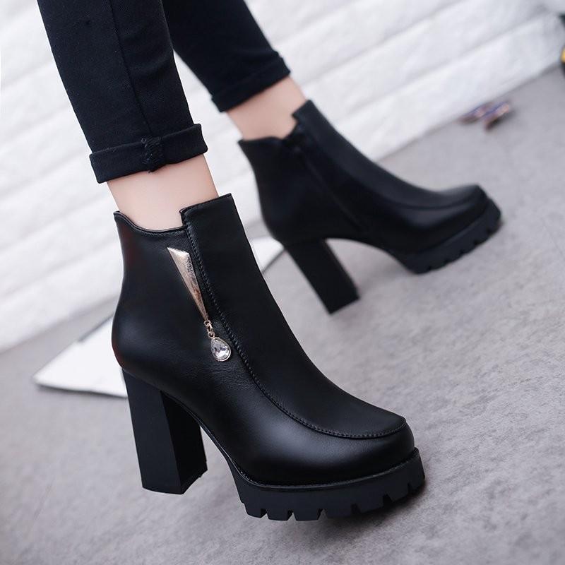 ~千惑衣閣~靴子女 短靴粗跟馬丁靴女冬英倫風女鞋 女士高跟鞋