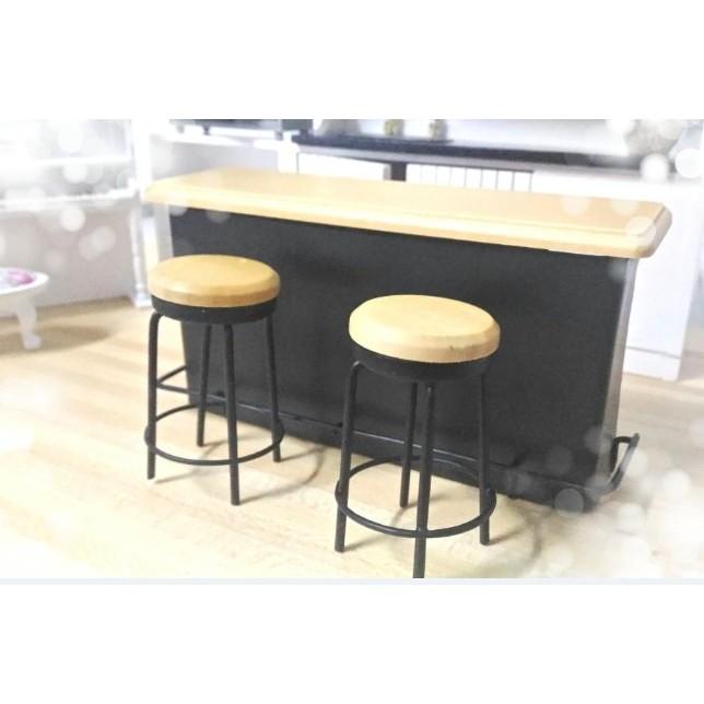 ~ ~迷你吧台2 張椅子1 12 迷你屋情境擺飾吧台攝影小道具