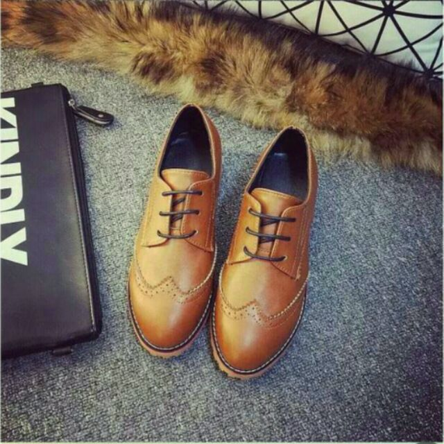 布洛克女鞋英倫風繫帶低跟復古雕花牛津鞋