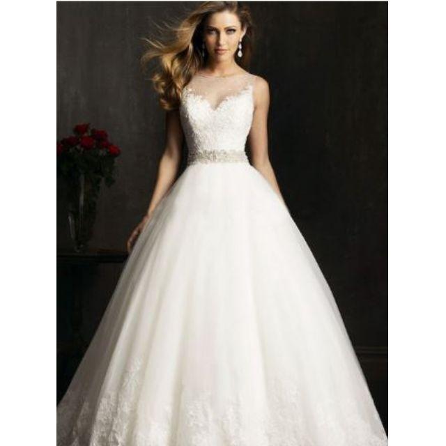 新娘婚紗禮服婚紗禮服抹胸款包肩婚紗拖尾婚紗本禮服 出租均可