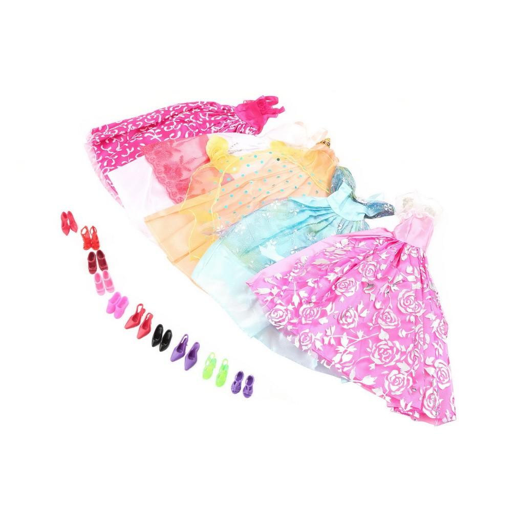 芭比娃娃5 條裙子10 雙鞋子套裝