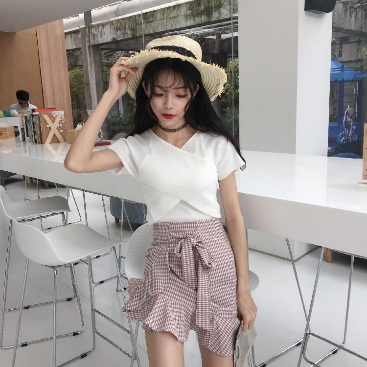 加大 正韓 韓系 顯瘦複古純色顯瘦上衣 氣質交叉修身百搭V 領短袖針織衫女