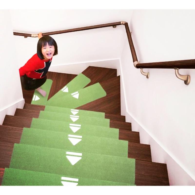 瑞恩家飾 }防噪音樓梯墊保暖防滑踏步墊免膠可自黏 容易加長型箭頭夜光標誌