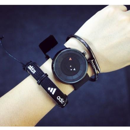 簡約 概念 韓國 潮流 科技學生防水矽膠男女石英手錶