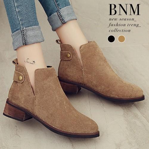 短靴 素面單釦絨質側V 口低跟短靴踝靴馬靴BNM