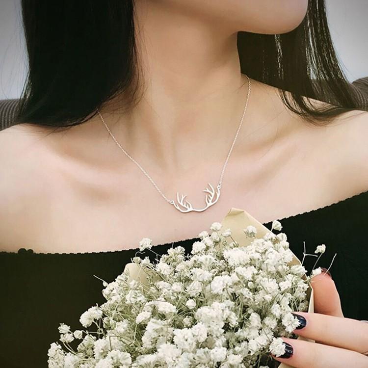 s925 純銀圣誕鹿角項鏈鎖骨鏈女簡約短款百搭甜美生日 飾品