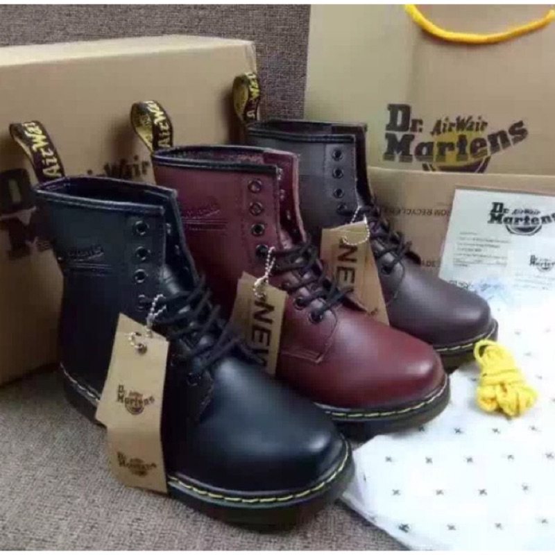 男女馬汀鞋Dr Martens 半筒靴馬靴軍靴八孔 酒紅色黑色深棕色