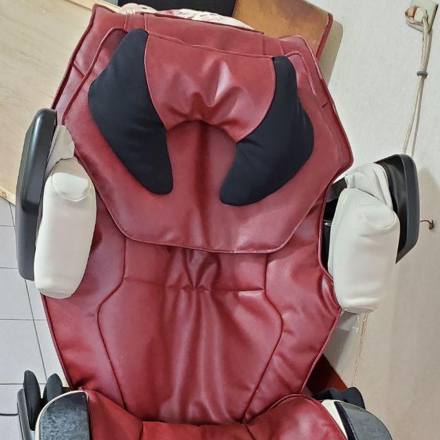 OSIM按摩椅OS-7710傲勝按摩椅換皮INADA按摩椅脫皮稻田按摩椅維修免費報價歡迎洽詢日光按摩椅NIKKO按摩椅